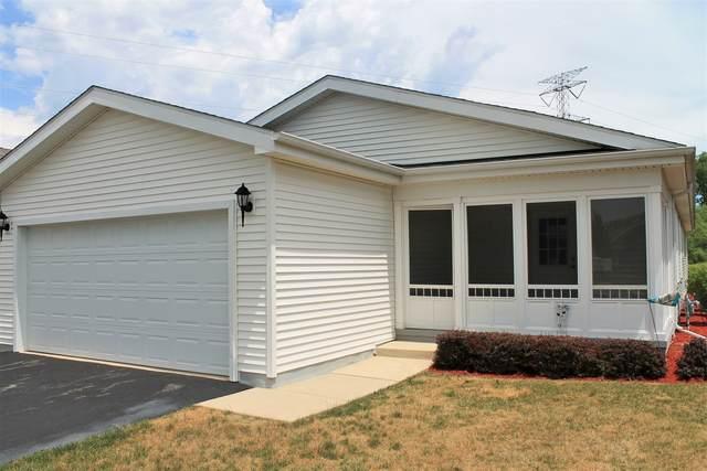 1403 Equestrian Drive, Grayslake, IL 60030 (MLS #11133040) :: Helen Oliveri Real Estate