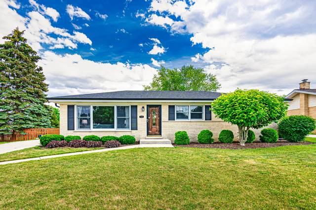 715 Berkshire Lane, Schaumburg, IL 60194 (MLS #11133701) :: John Lyons Real Estate