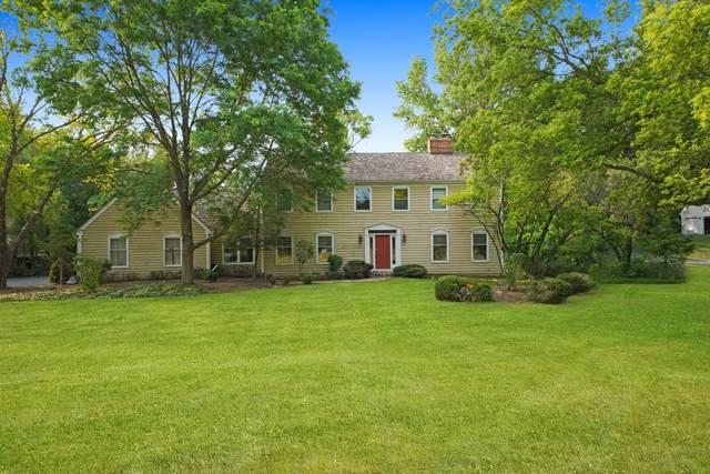25982 N Oak Hills Road, Lake Barrington, IL 60010 (MLS #11133714) :: John Lyons Real Estate