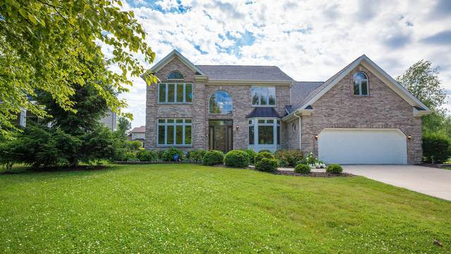 702 Stonehill Court, Sugar Grove, IL 60554 (MLS #11135260) :: Jacqui Miller Homes