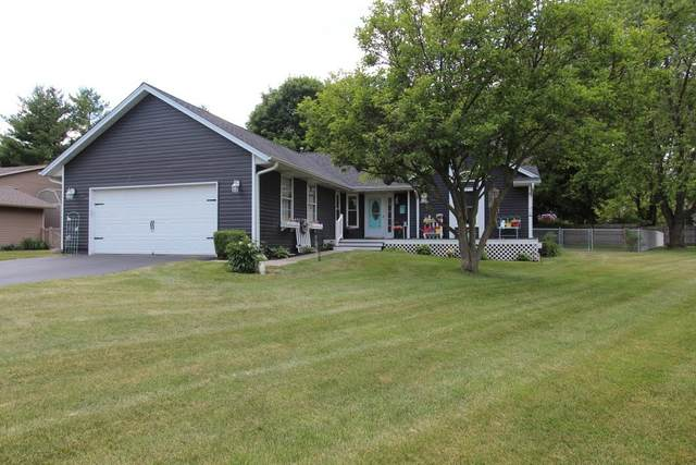 1111 Carey Drive, Mchenry, IL 60050 (MLS #11135803) :: Suburban Life Realty