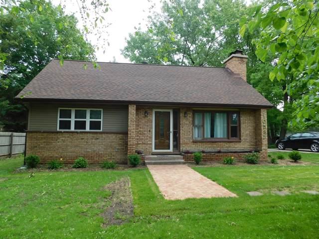 10537 55th Avenue, Pleasant Prairie, WI 53158 (MLS #11135910) :: Jacqui Miller Homes