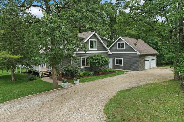1300 Country Club Road, Lake Zurich, IL 60047 (MLS #11136563) :: Jacqui Miller Homes