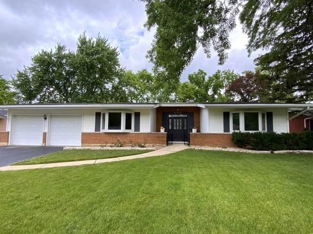 3308 63rd Street, Woodridge, IL 60517 (MLS #11138915) :: Jacqui Miller Homes