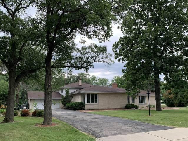 15 Sheffield Lane, Oak Brook, IL 60523 (MLS #11140458) :: Angela Walker Homes Real Estate Group