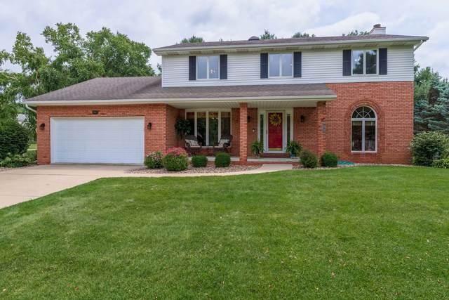8827 Tam O Shanter Drive, Bloomington, IL 61705 (MLS #11141068) :: Jacqui Miller Homes