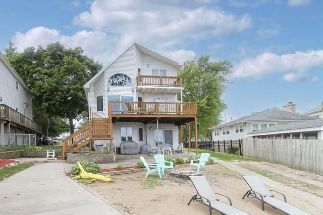 11 Lakeside Lane, Fox Lake, IL 60020 (MLS #11141540) :: Suburban Life Realty