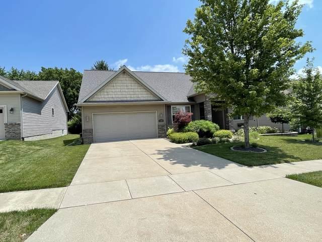 2306 Treeline Drive, Bloomington, IL 61704 (MLS #11142303) :: Suburban Life Realty