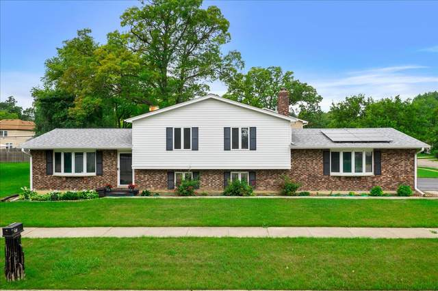 2501 20th Street, North Chicago, IL 60064 (MLS #11142801) :: Jacqui Miller Homes