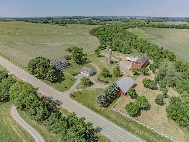 7918 N Pecatonica Road, Pecatonica, IL 61063 (MLS #11144070) :: The Wexler Group at Keller Williams Preferred Realty