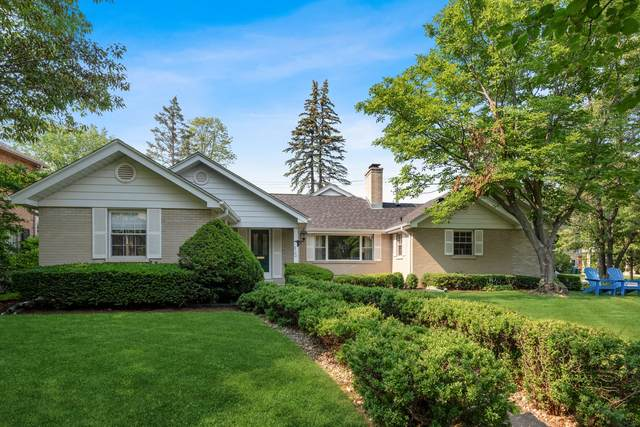 2100 Thornwood Avenue, Wilmette, IL 60091 (MLS #11144294) :: Suburban Life Realty