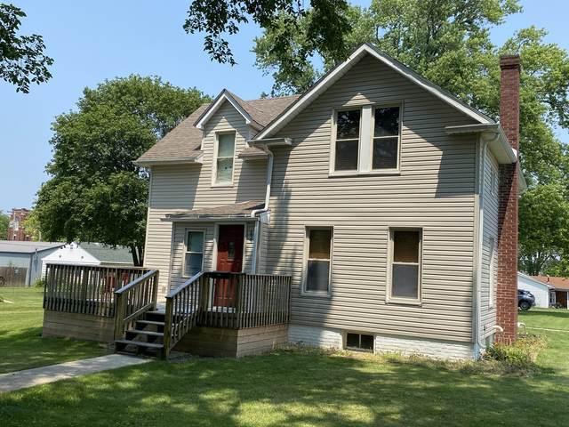 655 E Patton Street, Paxton, IL 60957 (MLS #11145078) :: The Dena Furlow Team - Keller Williams Realty