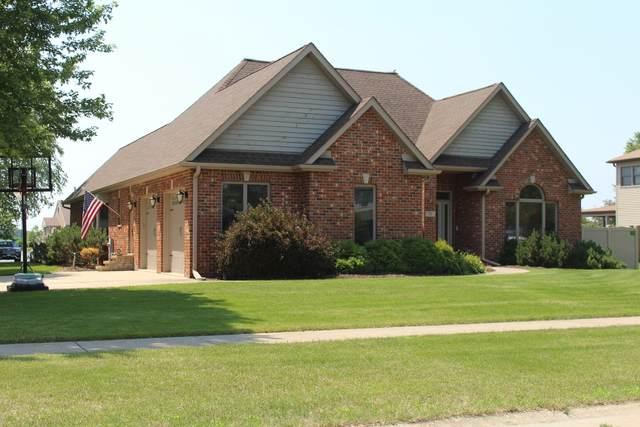 20 Junior Drive, Sandwich, IL 60548 (MLS #11146021) :: Jacqui Miller Homes
