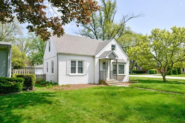 137 Hiawatha Drive, Clarendon Hills, IL 60514 (MLS #11146622) :: Suburban Life Realty