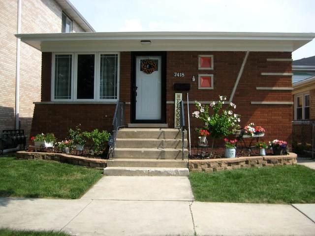 7418 W 59th Street, Summit, IL 60501 (MLS #11148394) :: O'Neil Property Group