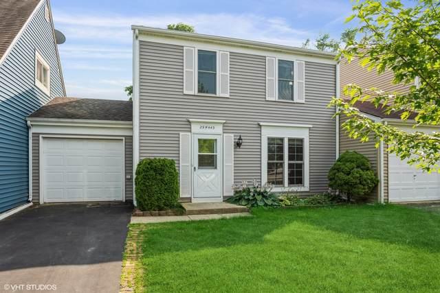 29W443 White Oak Drive, Warrenville, IL 60555 (MLS #11148539) :: O'Neil Property Group