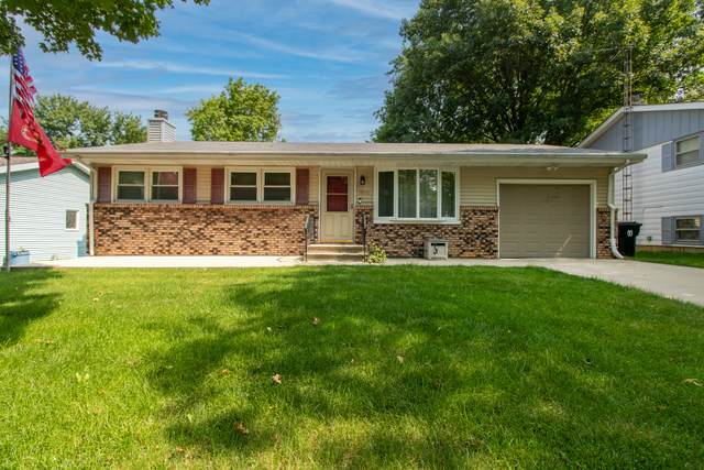1808 Jacobssen Drive, Normal, IL 61761 (MLS #11149170) :: Suburban Life Realty