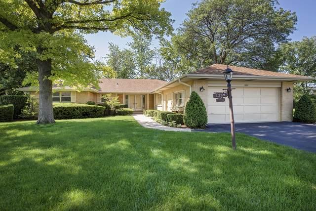 1209 Canterbury Lane, Glenview, IL 60025 (MLS #11149385) :: Jacqui Miller Homes