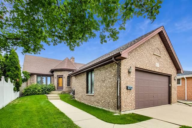 6027 N Emerson Street, Rosemont, IL 60018 (MLS #11150296) :: Jacqui Miller Homes