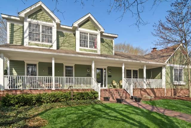 614 S Cook Street, Barrington, IL 60010 (MLS #11150775) :: Suburban Life Realty