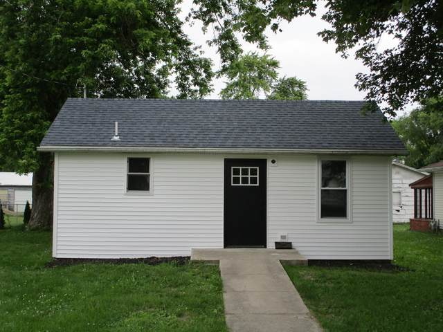 810 E Short Street, Tuscola, IL 61953 (MLS #11151071) :: Littlefield Group