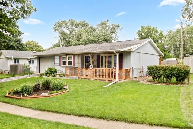 1714 Arrowhead Drive, Bloomington, IL 61704 (MLS #11152465) :: Suburban Life Realty