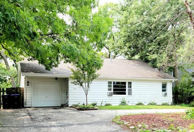 8907 W Sunset Drive, Wonder Lake, IL 60097 (MLS #11153065) :: Suburban Life Realty