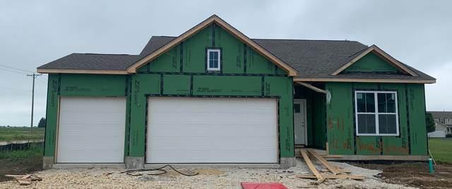 12 W Sandalwood Avenue, Cortland, IL 60112 (MLS #11154004) :: Suburban Life Realty