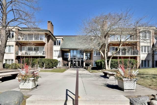 3 Oak Brook Club Drive E303, Oak Brook, IL 60523 (MLS #11155333) :: Angela Walker Homes Real Estate Group