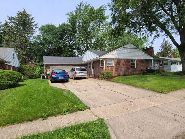 1070 N Main Street, Rochelle, IL 61068 (MLS #11155535) :: Jacqui Miller Homes
