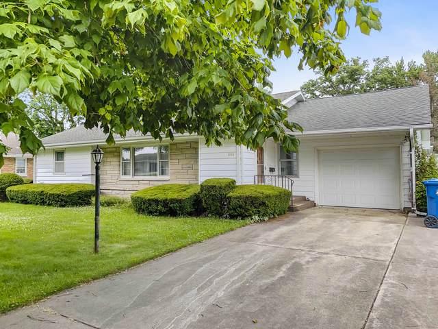 552 E Lincoln Avenue, Watseka, IL 60970 (MLS #11156019) :: O'Neil Property Group