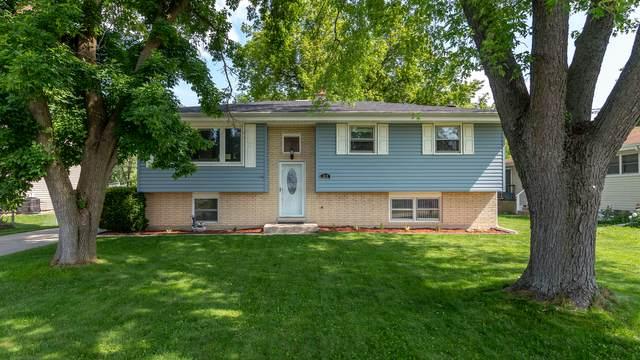 315 E Oak Street, Lake In The Hills, IL 60156 (MLS #11156346) :: O'Neil Property Group