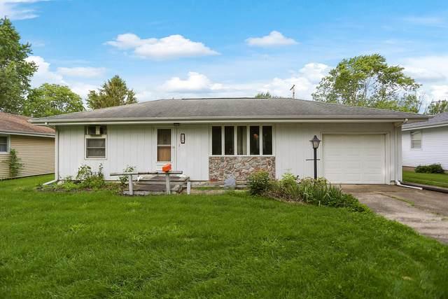 15 Elmwood Drive, Fisher, IL 61843 (MLS #11157289) :: Ryan Dallas Real Estate