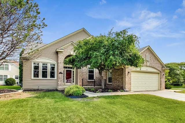 1554 Driftwood Court, Crystal Lake, IL 60014 (MLS #11158702) :: Suburban Life Realty