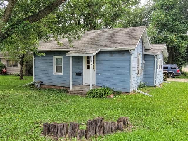 1317 A Avenue, Rock Falls, IL 61071 (MLS #11159729) :: O'Neil Property Group