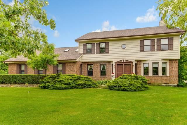 14945 King Drive, Libertyville, IL 60048 (MLS #11160558) :: Suburban Life Realty