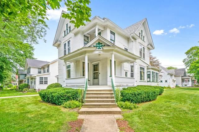 202 Maple Street, Hinckley, IL 60520 (MLS #11160642) :: John Lyons Real Estate