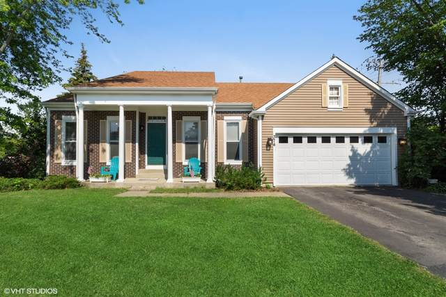 374 N Fiore Parkway, Vernon Hills, IL 60061 (MLS #11160900) :: Jacqui Miller Homes