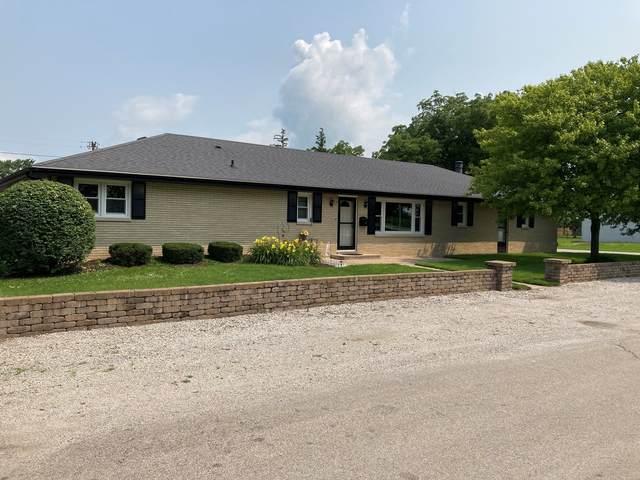 119 E Lee Street, Pontiac, IL 61764 (MLS #11161137) :: BN Homes Group