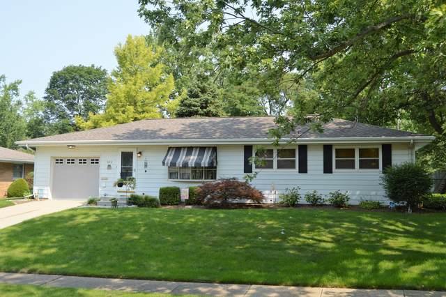 322 Garfield Drive, Bloomington, IL 61701 (MLS #11162643) :: O'Neil Property Group