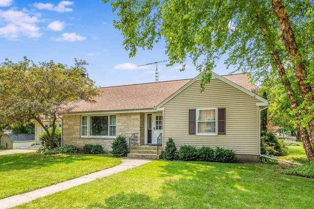 305 E Cleveland Street, Waterman, IL 60556 (MLS #11162729) :: O'Neil Property Group
