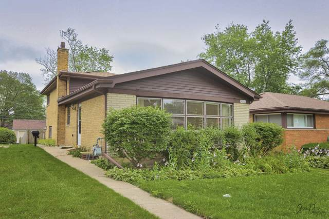9533 Lowell Avenue, Skokie, IL 60076 (MLS #11162887) :: Suburban Life Realty