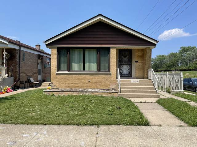 3600 W 69th Place, Chicago, IL 60629 (MLS #11162900) :: O'Neil Property Group