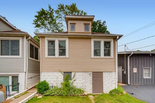 15 W Grand Avenue, Fox Lake, IL 60020 (MLS #11163660) :: Suburban Life Realty