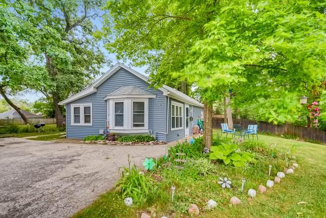 11 W Grand Avenue, Fox Lake, IL 60020 (MLS #11163696) :: O'Neil Property Group
