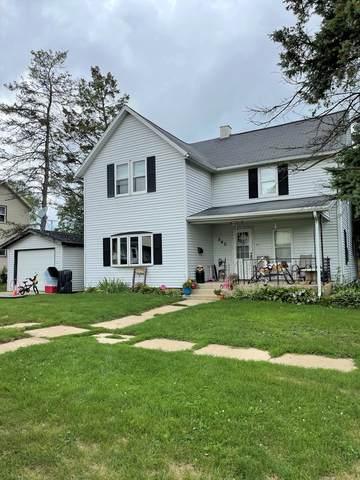 540 E Illinois Street, Freeport, IL 61032 (MLS #11163730) :: Suburban Life Realty