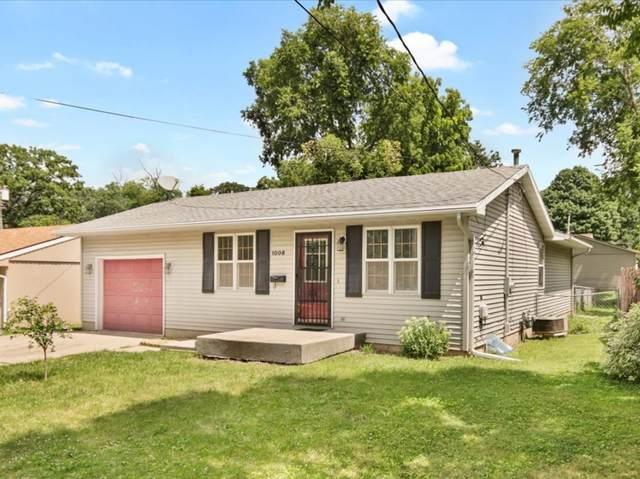 1006 Barker Street, Bloomington, IL 61701 (MLS #11165106) :: Carolyn and Hillary Homes