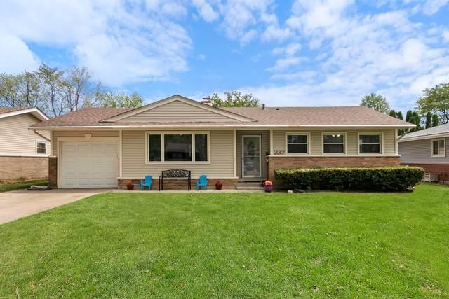 237 Wildwood Road, Elk Grove Village, IL 60007 (MLS #11165174) :: O'Neil Property Group