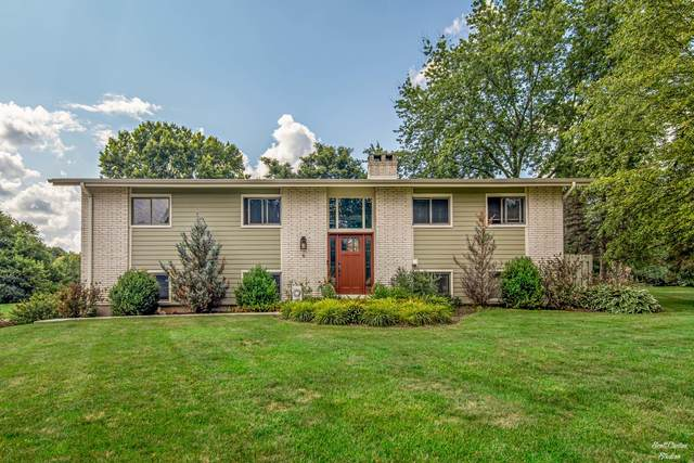 6 Trent Road, Hawthorn Woods, IL 60047 (MLS #11165248) :: The Wexler Group at Keller Williams Preferred Realty