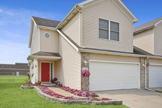 1825 Marina Drive, Normal, IL 61761 (MLS #11165700) :: Suburban Life Realty